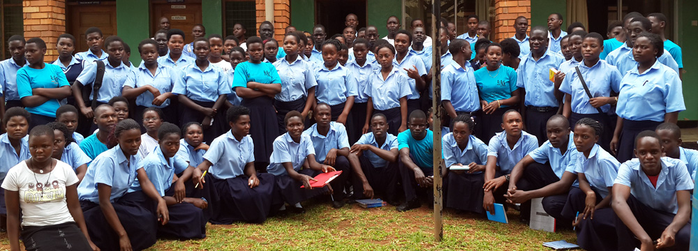 sharing-youth-centre-slider1